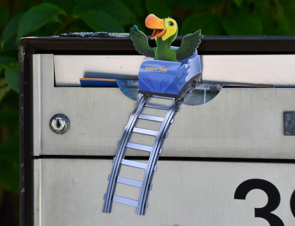 letter-box-ornament-23.05.2019