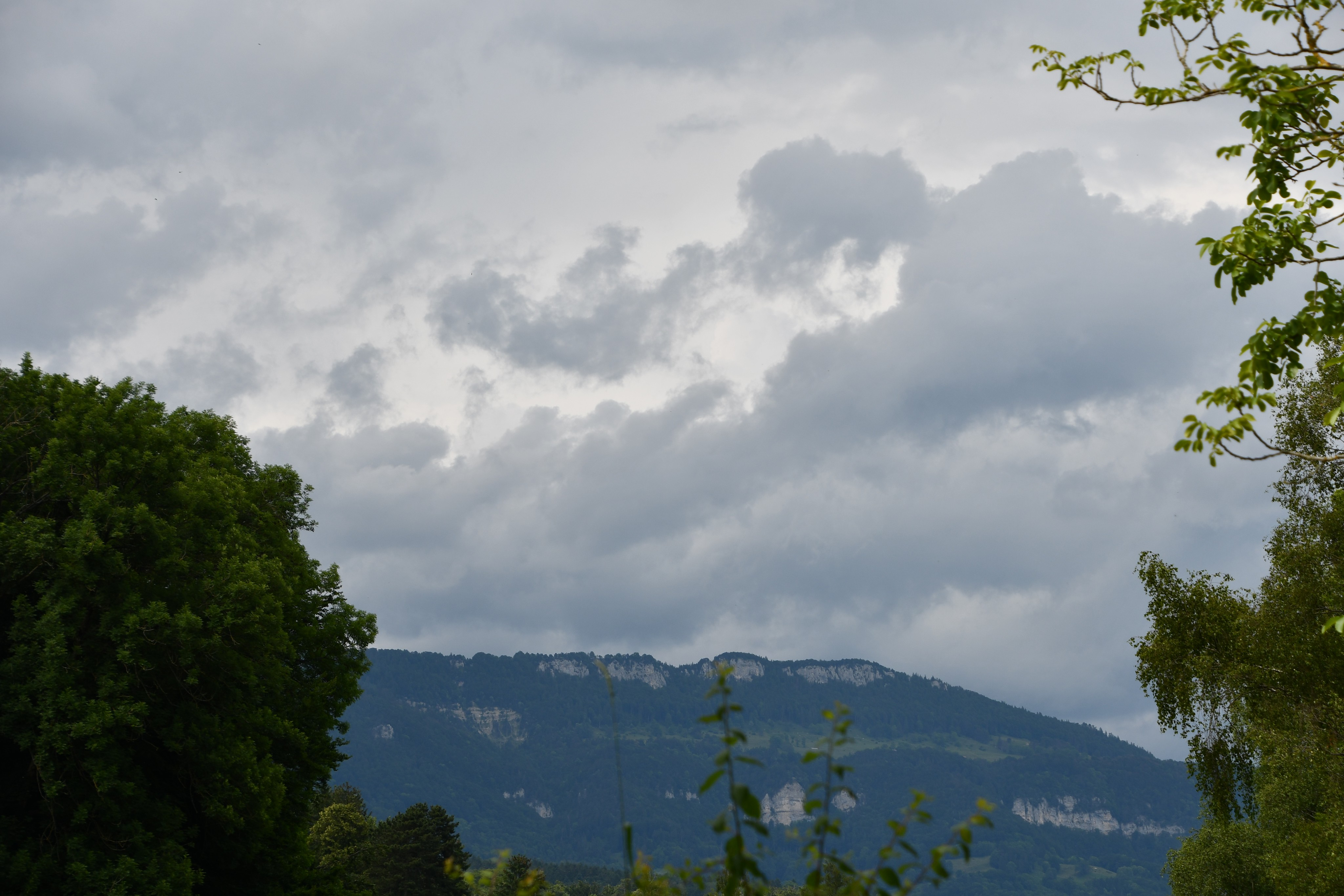 jura-and-clouds-20.06-8