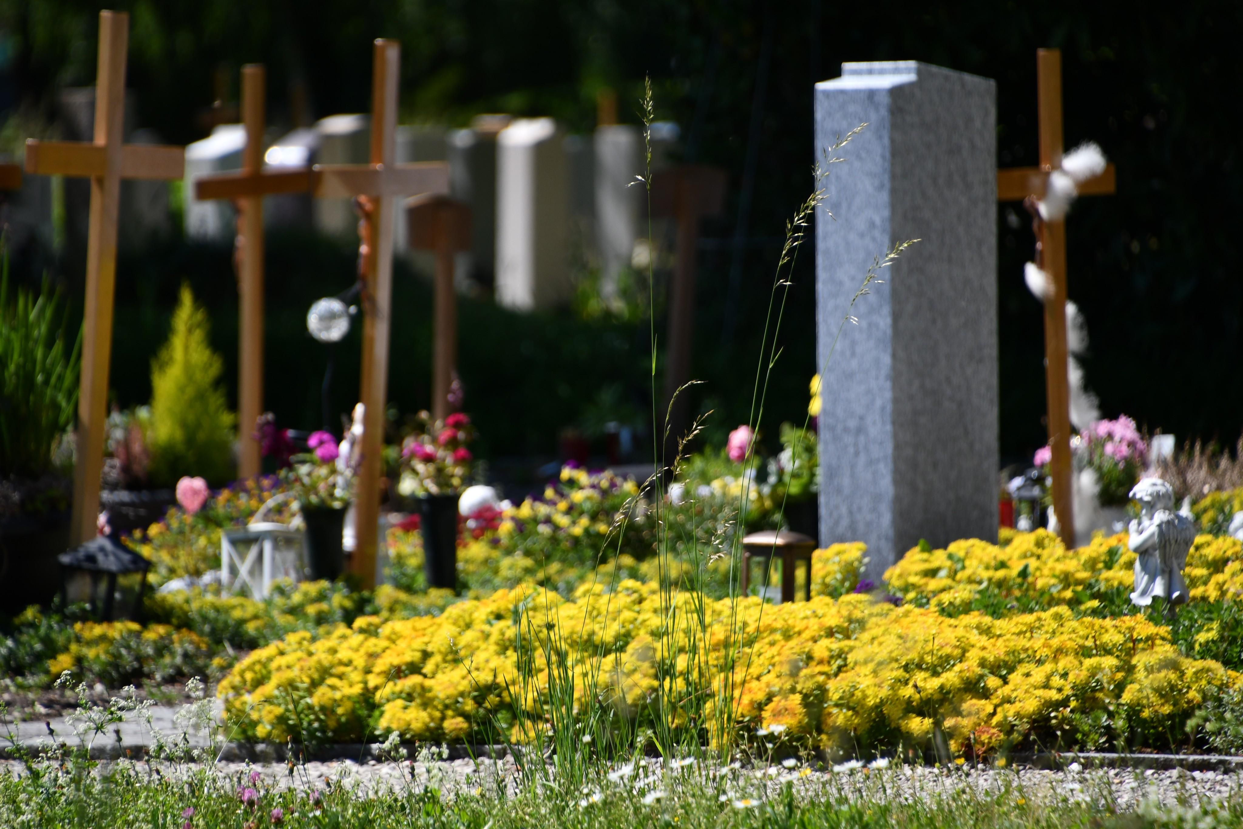solothurn-cemetery-02.06-3
