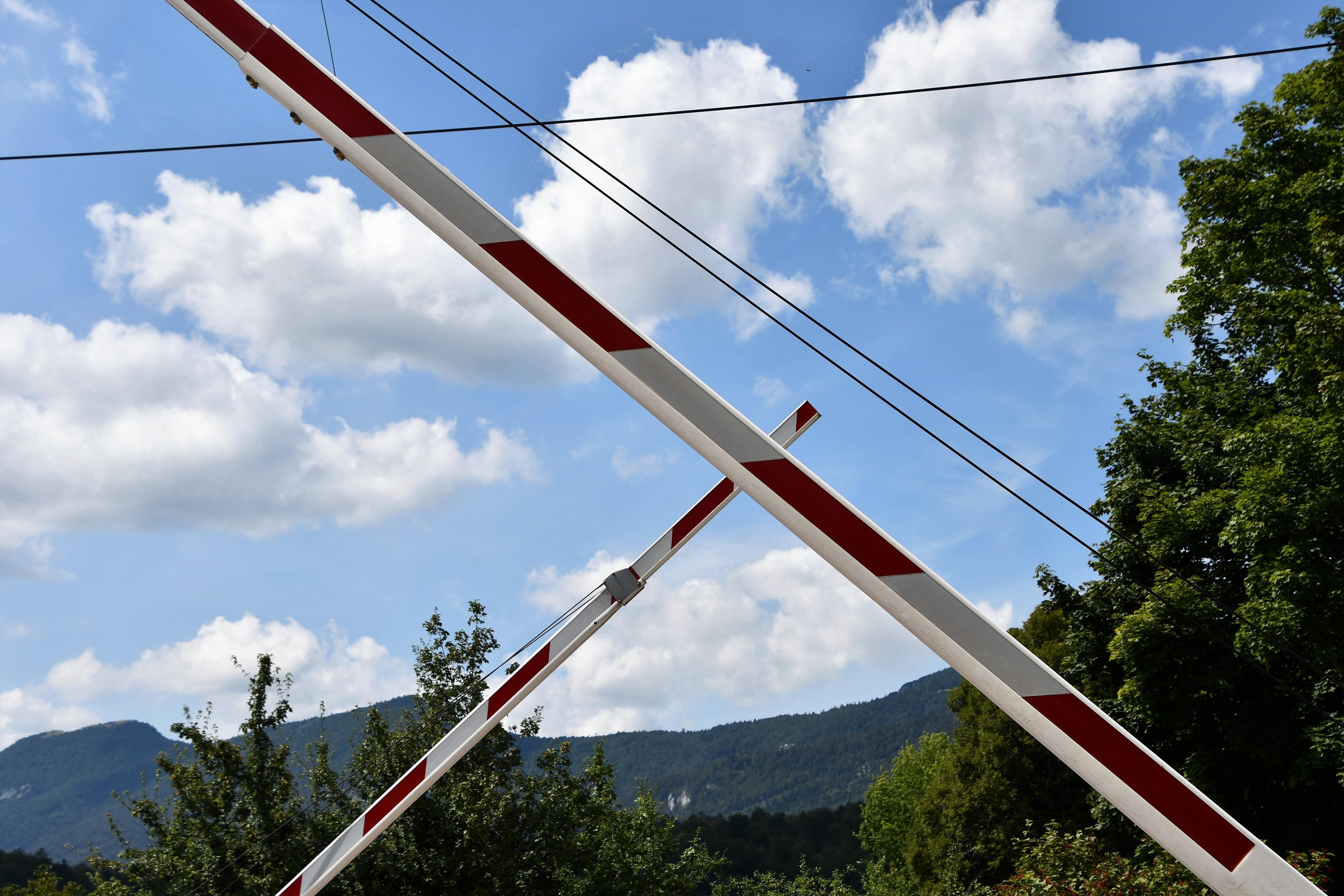 bipperlisi-barrier-03.08-2