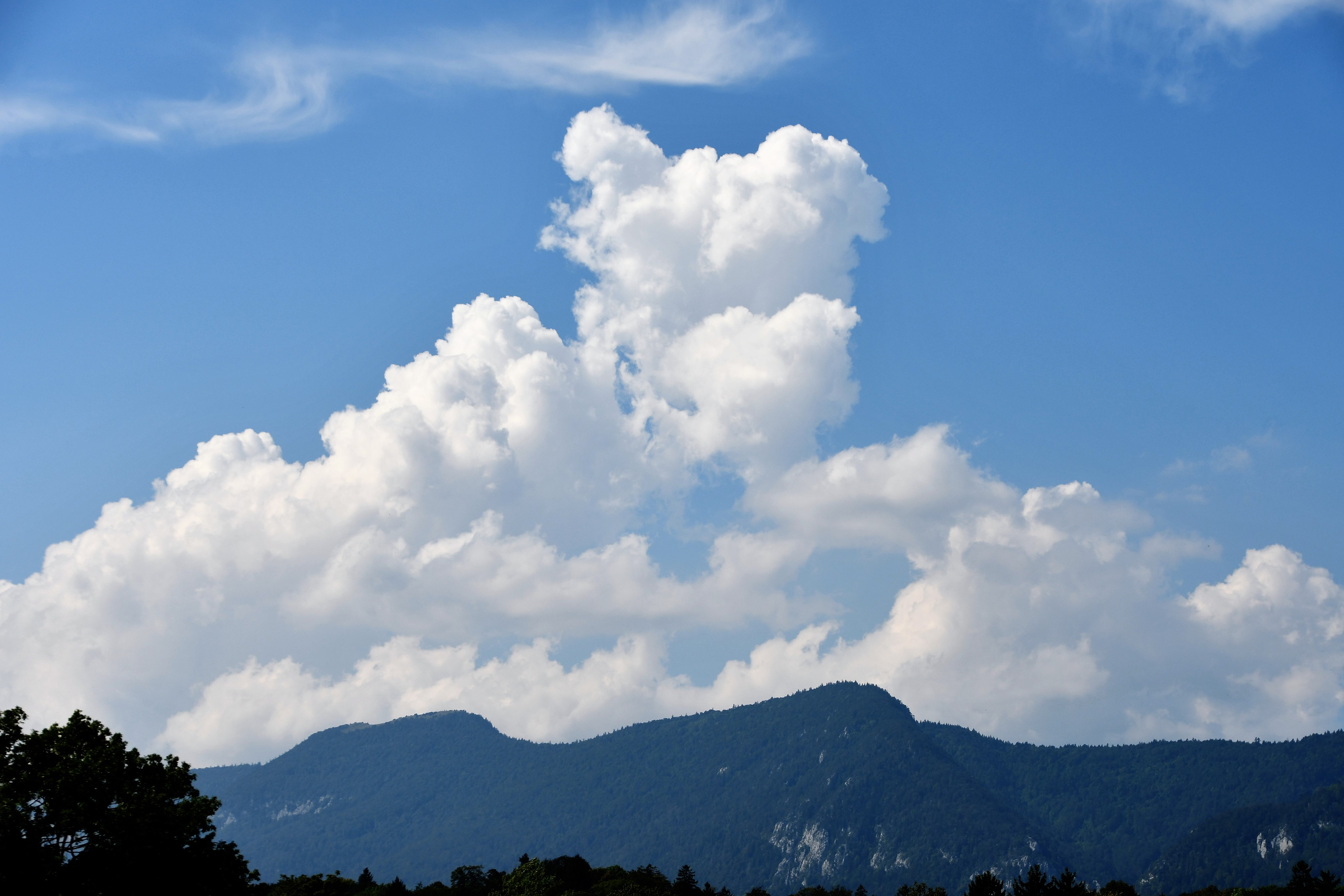 jura-and-clouds-31.08-1