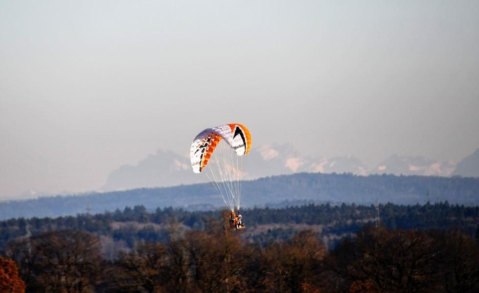 kite-flying-16.01-3